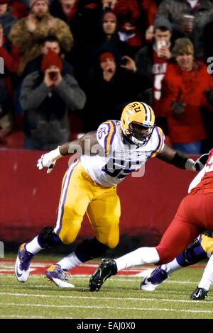 Fayetteville, Arkansas, USA. 15th Nov, 2014. LSU right tackle Jerald Hawkins #65 comes off the line. The Arkansas - Stock Photo