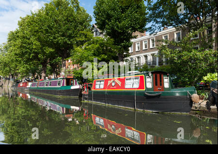 House boats on the Regent's Canal, London, UK - Stock Photo