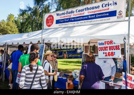 Miami Hialeah Florida Amelia Earhart Park Kozyak Annual Minority Mentoring Picnic networking law firms judges lawyers - Stock Photo