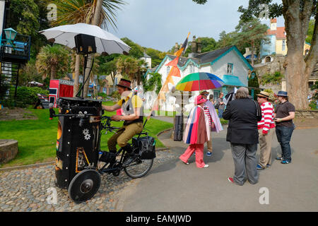 Atmosphere during Festival No. 6 on 05/09/2014 at Festival No. 6, Portmeirion. Picture by Julie Edwards - Stock Photo