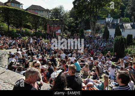Atmosphere during Festival No. 6 on 07/09/2014 at Festival No. 6, Portmeirion. Picture by Julie Edwards - Stock Photo