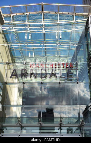 UK, Manchester, the Arndale centre, one of Manchester's main shopping area's. - Stock Photo