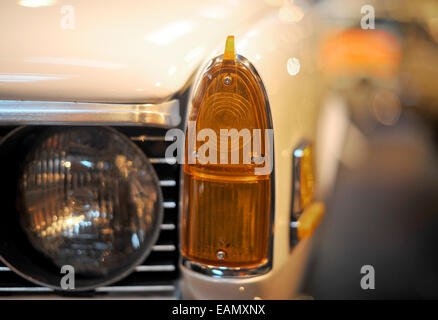 NADA (American spec) Rover P6 V8 classic car sidelight detail detail - Stock Photo