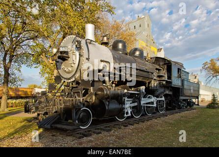 Steam Locomotive, 440 SooLine, Farmers Elevator. - Stock Photo