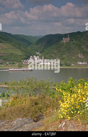 River Rhine,village of Wellmich, vineyards behind and Burg Maus castle above - Rhine Valley near St Goar, Germany - Stock Photo