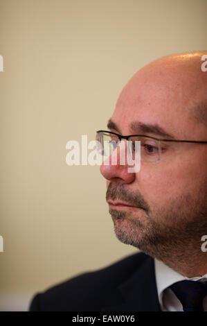 Aberystwyth, Wales, UK. 20th November, 2014.    SIMON THOMAS Plaid Cymru / The Party of Wales Assembly Member (AM) - Stock Photo