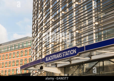 Blackfriars London railway and Underground Tube station on the Circle and District Lines and Thameslink in the City - Stock Photo