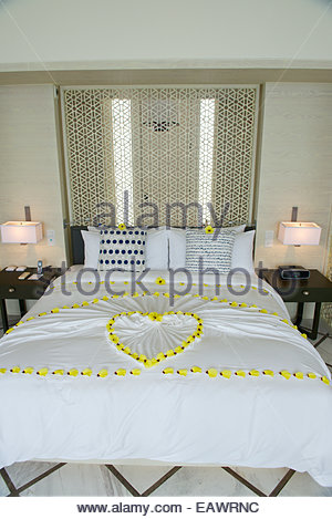 A bungalow for honeymooners at the Viceroy Maldives resort. - Stock Photo
