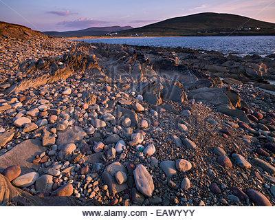 Pebble beach at Doogort, Achill, County Mayo. - Stock Photo