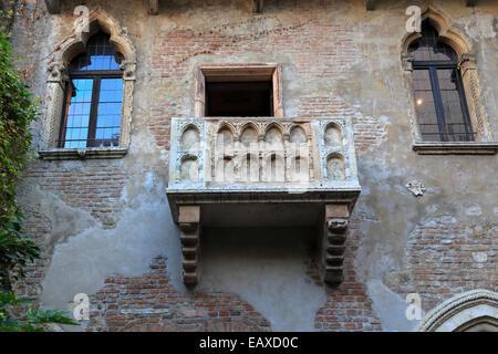 Marble balcony, Casa di Giulietta, Juliet's house in Verona, Italy, Veneto. - Stock Photo