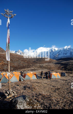 A campsite on the Singalila ridge in the Indian Himalayas close to Kanchenjunga - Stock Photo