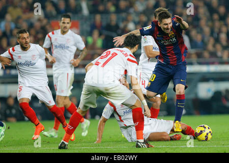 Barcelona, Spain. 22nd Nov, 2014. Barcelona's Lionel Messi (1st R) competes during the Spanish first division soccer - Stock Photo