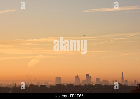 Alexandra Palace Park, London UK, 24th November 2014. The view into central London from Alexandra Palace Park as - Stock Photo
