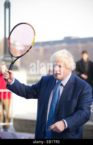 London, UK. 24th November, 2014. Mayor of London Boris Johnson to join some of world's best wheelchair tennis players - Stock Photo