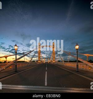 UK, England, London, View of Albert Bridge at dusk - Stock Photo