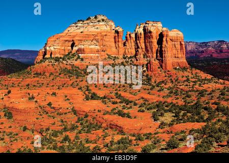 USA, Arizona, Yavapai County, Sedona, Cathedral Rock viewed from Hiline Trail Vista east side - Stock Photo
