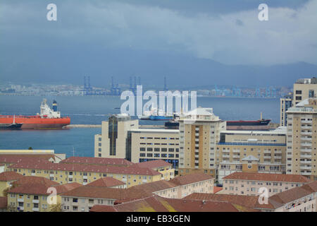 Gibraltar. 25th November, 2014. Additional - Just over an hour after the first incursion a Spanish Adunera vessel - Stock Photo