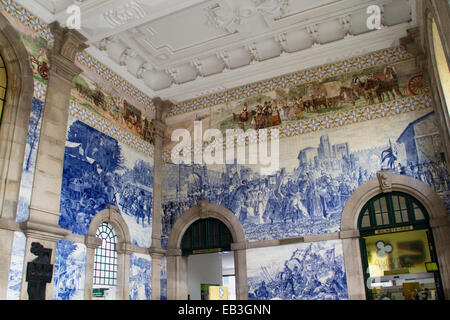 Sao Bento Station, the central railway station was buuilt in 1916 and decorated with painted ceramic tiles called - Stock Photo
