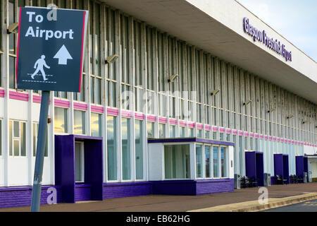 Frnt entrance to Glasgow Prestwick Airport, Prestwick, Ayrshire, Scotland, UK