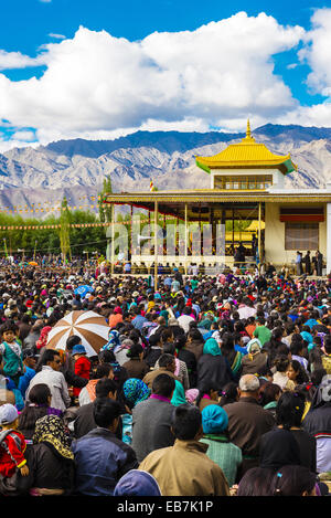 His Holiness the 14th Dalai Lama gives teaching to crowd 175,000 people at Choglamsar Ladakh Jammu and Kashmir State - Stock Photo