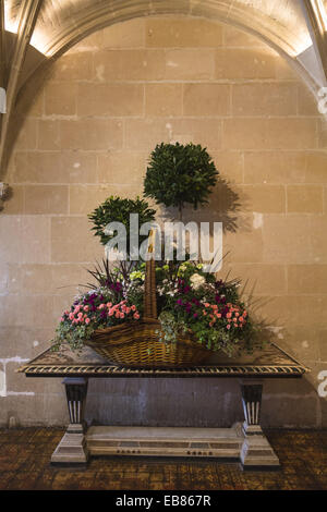 Floral arrangements in the Hall of the beautiful Château de Chenonceau (Chenonceau Castle) in the Loire Valley Indre - Stock Photo