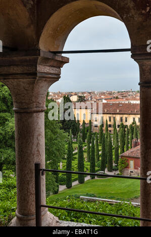 The palazzo giusti and gardens verona italy the giusti for Giardino e palazzo giusti