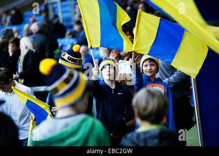 Kassam Stadium, Oxford Job name: sport Notes: FOOTBALL: Oxford United v AFC Wimbledon Pictured here is Oxford fans - Stock Photo