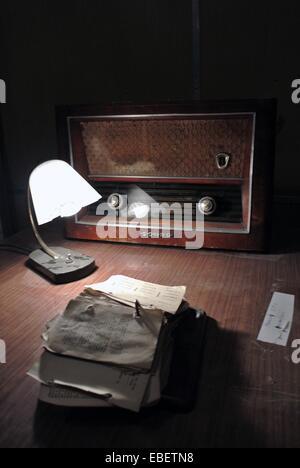 Tirana. 29th Nov, 2014. Photo take on Nov. 29, 2014 shows former Albanian leader Enver Hoxha's writing desk inside - Stock Photo
