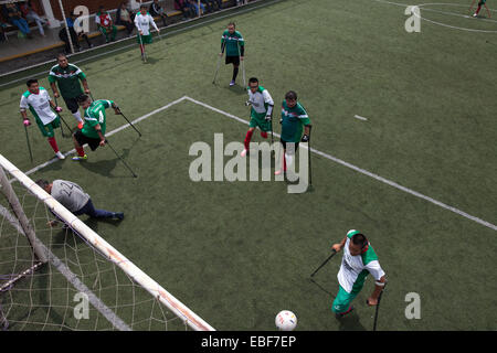 Guerreros Aztecas, amputee soccer team in Mexico - Stock Photo