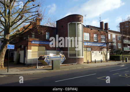 Another closed pub on St Anne's Rd London W11; Whilst other attractions  like Westfield shopping Centre attracts - Stock Photo
