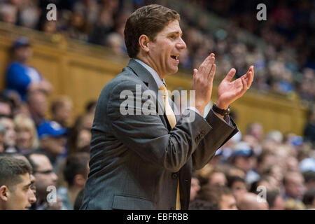 Durham, NC, USA. 30th Nov, 2014. Army Head Coach Zach Spiker during the NCAA Basketball game between Army and Duke - Stock Photo