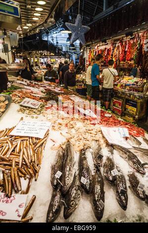 Market hall Mercat de Sant Josep, La Rambla, El Raval, Barcelona, Catalonia, Spain - Stock Photo
