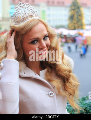 Magdeburg, Germany. 01st Dec, 2014. The reigning Miss Continental, Ekaterina Plekhova from Russia, vistis the Christmas - Stock Photo