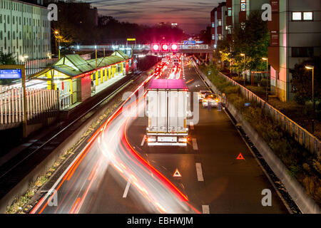 Traffic accident, collision, 2 car and a truck, with only slight damage, on the A40, motorway, Autobah, city of - Stock Photo
