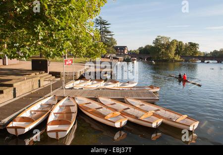 Rowing boats moored on the River Avon near the  Clopton Bridge in Stratford-upon-Avon, Warwickshire, England, UK - Stock Photo