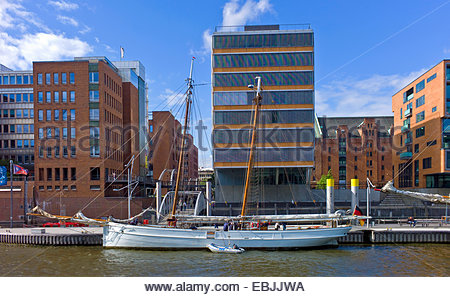 old sailing ship in the Speicherstadt, the warehouse district, Germany, Hamburg - Stock Photo