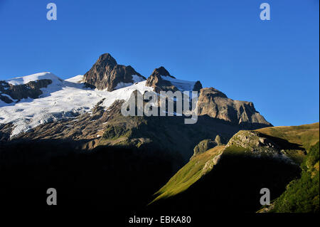 summerly panoramic view at the Aiguille des Glaciers Aiguille des Glaciers (3,816 m) covered with glaciers and remains - Stock Photo