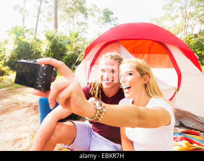 USA, Florida, Tequesta, Couple taking selfie - Stock Photo