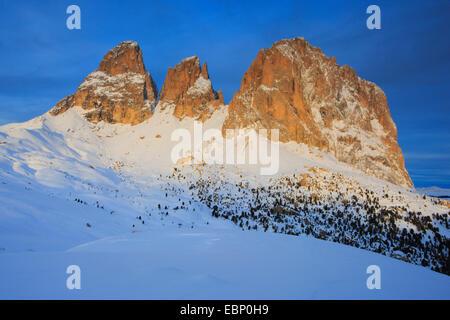 Plattkofel, 2956 m, and Langkofel, 3181 m, Italy, South Tyrol, Dolomites - Stock Photo