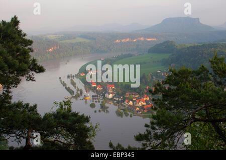 Elbe flood in summer 2013, Germany, Saxony, elbsandste - Stock Photo