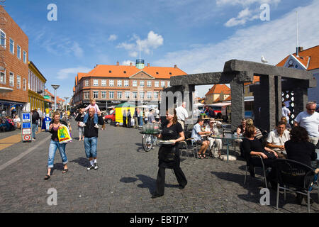 street cafe at a lively square, Denmark, Bornholm, Roenne - Stock Photo