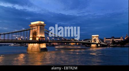 Budapest, Chain bridge in the evening, Hungary, Budapest - Stock Photo