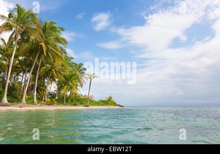 Deserted Starfish beach on the archipelago Bocas del Toro, Panama - Stock Photo