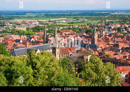 view over town to Upper Rhine Plain and Black Forest, France, Bas-Rhin, Alsace, Obernai, Oberehnheim - Stock Photo