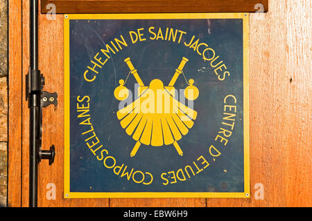 St james way in roncesvalles pyrenees mountains navarre spain stock photo 168543277 alamy - Hostel st jean pied de port ...