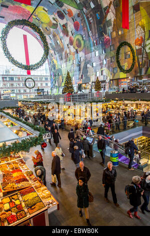 The new Market Hall in Rotterdam, restaurants, food shops, market, giant wall paintings, - Stock Photo