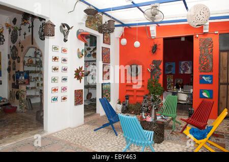 Dominikanische Republik, Santo Domingo, Zona Colonial, Galerie - Stock Photo