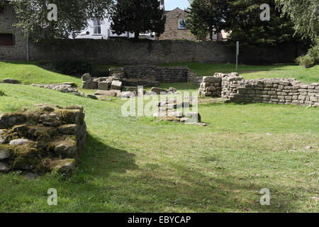 Sunny view, to Water Street, foundations changing room, sweating room, furnace room, warm room, Roman Bath House, - Stock Photo