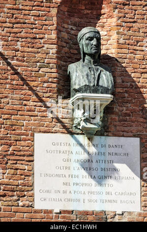 Bust of Dante, Arsenal gates, Venice. Durante degli Alighieri  (1265–1321),  commonly known as Dante, was a major - Stock Photo
