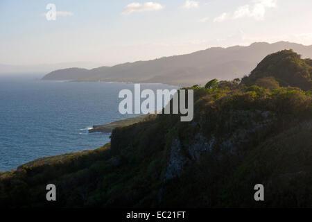 Dominikanische Republik, Halbinsel Samana, Los Galeras, Blick vom Restaurant El Monte Azul bei der Siedlung Guazuma - Stock Photo
